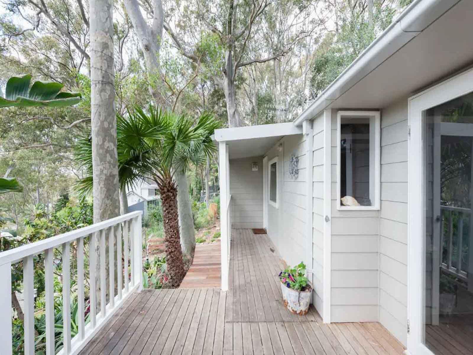 17 Dress Circle Road Avalon Beach NSW | McGrath Estate Agents